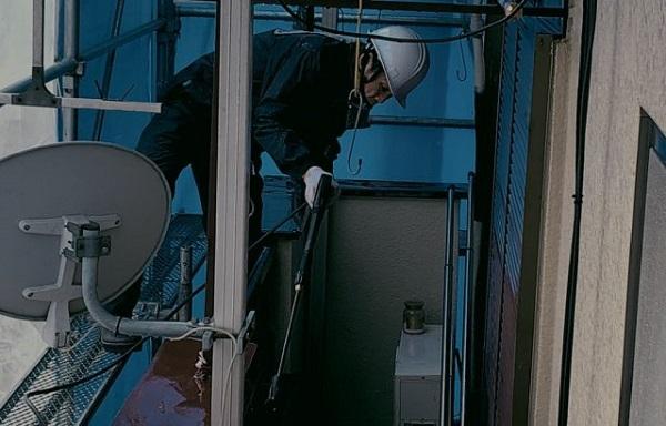 神奈川県藤沢市 外壁塗装 雨樋修理 下地処理 高圧洗浄