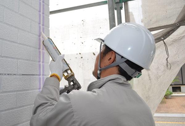 神奈川県茅ヶ崎市 外壁塗装 屋根塗装 下地処理 シーリング工事 オートンイクシード