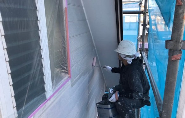 神奈川県藤沢市 外壁塗装 雨樋修理 下塗り 日本ペイント パーフェクトフィラー